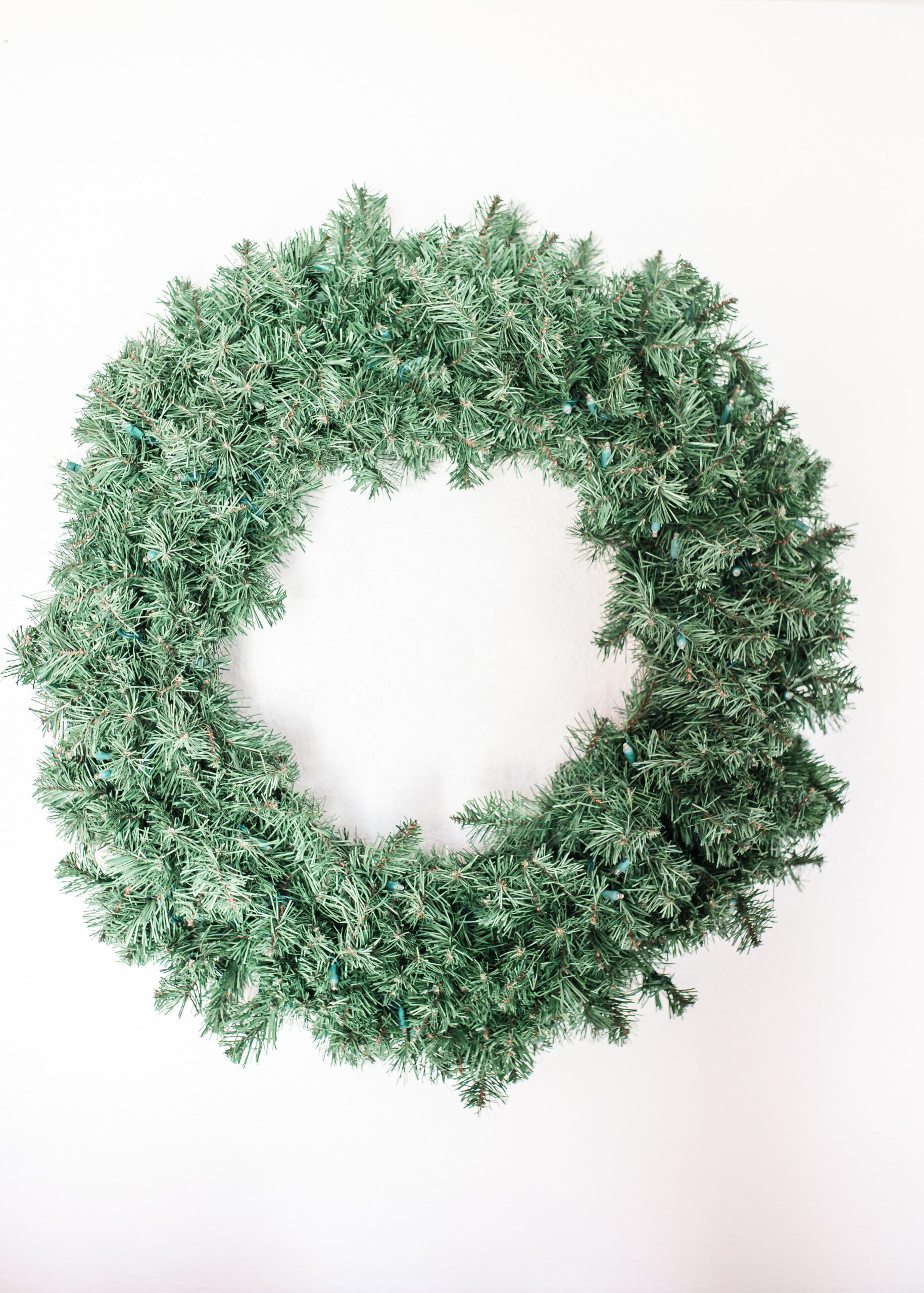 "36"" Oregon Fir Wreath Pre-lit Warm White"